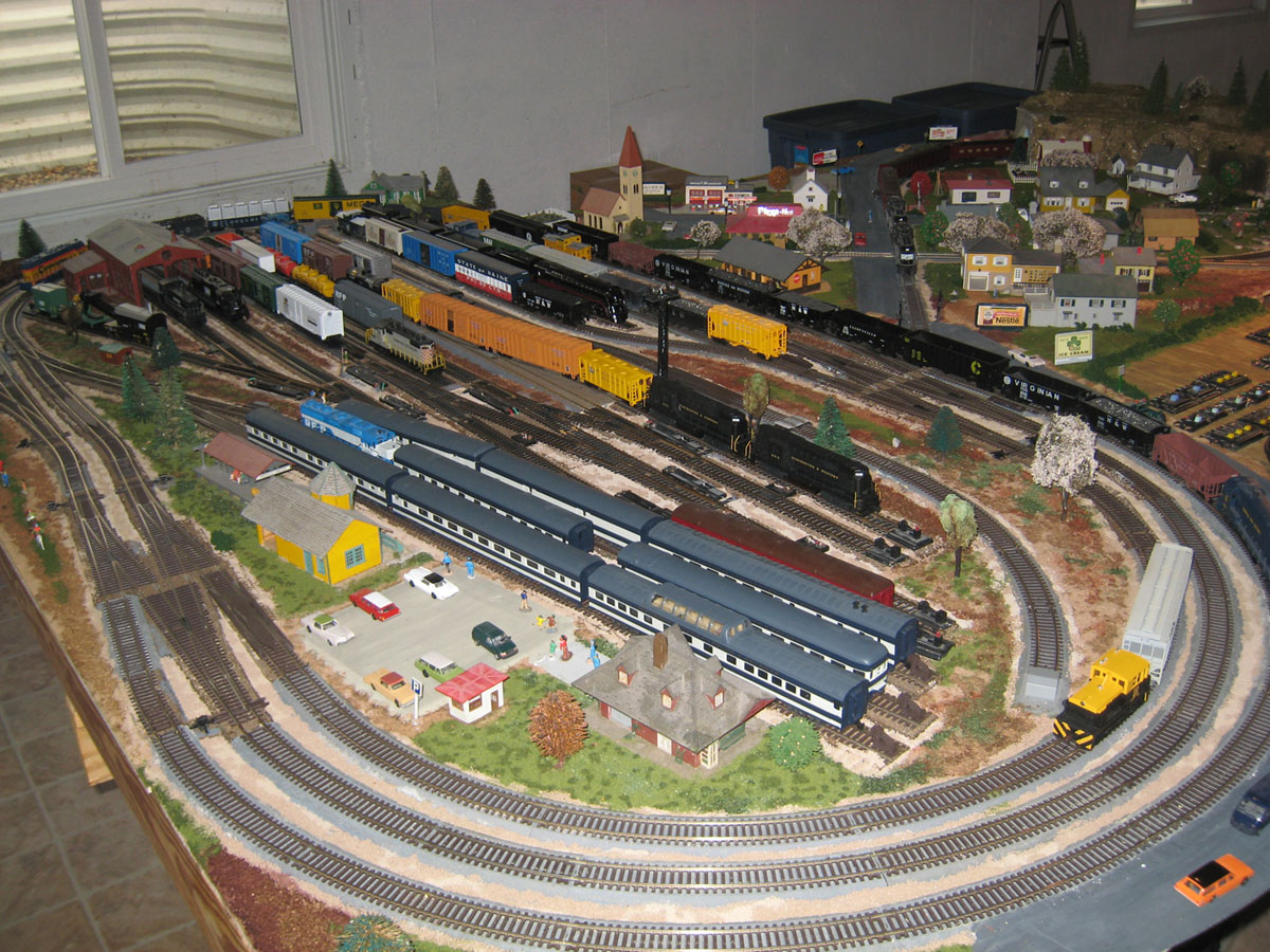 Trains ho model